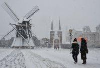 雪化粧したハウステンボス=長崎県佐世保市で2016年1月24日午前10時16分、梅田啓祐撮影
