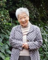 ジャーナリストの関千枝子さん=反橋希美撮影
