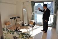 遮音性を高めるための工夫を凝らした「音楽マンション」の一室=東京都世田ケ谷区で、塩田彩撮影