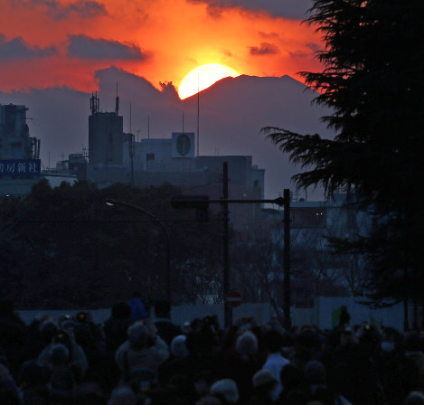 Photo Journal: Fuji's red crown