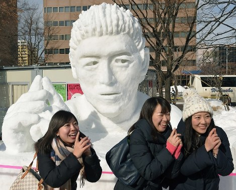 Photo Special: Sapporo Snow Festival sculptures entertain visitors