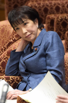 Internal Affairs and Communications Minister Sanae Takaichi is seen during a House of Representatives Budget Committee session on Feb. 9, 2016. (Mainichi)
