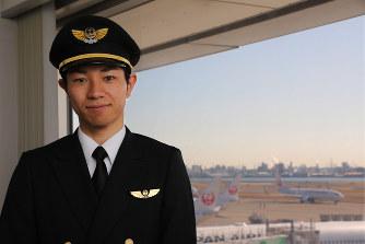 JAL:破綻による訓練中止乗り越...