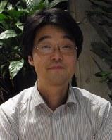 西土彰一郎・成城大教授=青島顕撮影