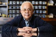 「萩本欽一さんがこの前、『お前、芸じゃない。運だけだ』って。びっくりしたけど、ホント、おっしゃる通りです」=東京都渋谷区で2016年7月21日、中村藍撮影
