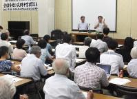 公立夜間中学設置へ期待を語る「松戸市に夜間中学校をつくる市民の会」のメンバー=千葉県松戸市で