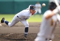 【北海―聖光学院】北海の先発・大西=阪神甲子園球場で2016年8月18日、平川義之撮影