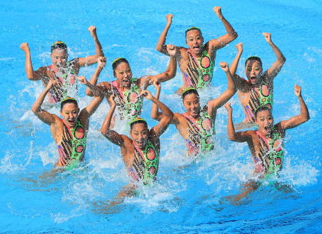 Photo Special: Japan places third in synchronized swimming technical routine