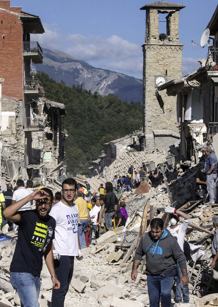 Photo Special: Aftershocks rattle Italian quake zone; toll rises to 250