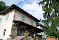 14世紀に建てられたお屋敷=仙石恭子さん提供