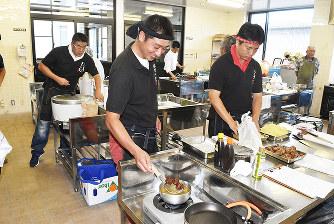 駆除イノシシ肉:活用を 料理考...