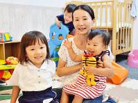 民間子育てスペースを開設した明知優子さん=中区のアトリエタウタウで、竹内麻子撮影
