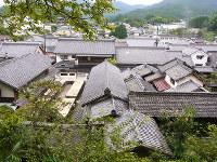 「森野旧薬園」から見渡す松山地区=奈良県宇陀市大宇陀で、八重樫裕一撮影