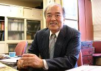 開業50周年について語る原田太七郎・ドーチカ商店街振興組合理事長=佐々木雅彦撮影