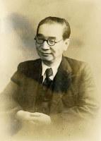 世界的にもよく知られ、ノーベル平和賞や文学賞の候補ともなった賀川豊彦=1950年5月12日