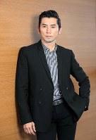 映画「永い言い訳」で主演を務めた俳優の本木雅弘=大阪市北区で、幾島健太郎撮影