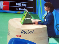 リオ五輪で卓球女子シングルス決勝の副審を務める山中良子さん=本人提供