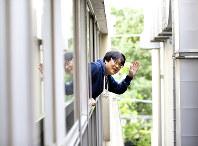 「そう簡単に幸せは手に入らないですよね。つらさや山を乗り越えた先にあるんですよ、きっと」=東京都渋谷区で、宮武祐希撮影