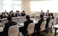第三者機関の設置を決めた富山市議会の「政務活動費のあり方検討会」=富山市庁舎で、古川宗撮影