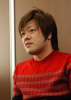 平野啓一郎さん=東京都千代田区で2017年2月3日、浜名晋一撮影