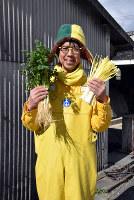 野菜農家の植田輝義さん=岡山市北区牟佐で、益川量平撮影