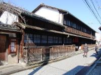 揚屋建築で唯一残る「角屋」=京都市下京区で、八重樫裕一撮影