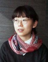 東日本大震災当時を振り返る詩人の大崎清夏さん=清水有香撮影