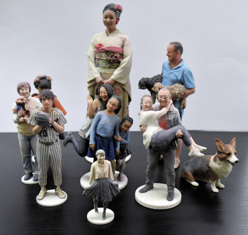 3D-printed figurines