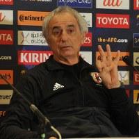 Japan coach Vahid Halilhodzic (Mainichi)