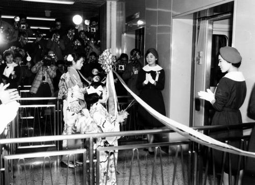 50枚の写真で振り返る東京タワーの50年