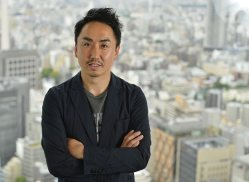 出澤剛・LINE社長=東京都渋谷区で2015年5月19日、猪飼健史撮影