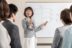 「経営には数字だけでなくビジョンが欠かせない」と語る執筆者の金子裕子さん