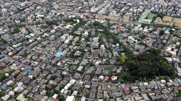 法律改正で相続税への関心は高まっている=東京都大田区で本社ヘリから望月亮一撮影