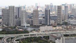 東京・湾岸エリアの高層マンション群、本社ヘリから望月亮一撮影