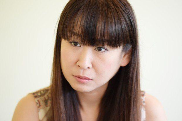 失われた20年インタビュー:作家・雨宮処凛さん「格差が、同じ日本で ...
