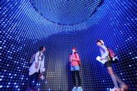梶田隆章さんが展示を監修したニュートリノ観測装置「スーパーカミオカンデ」の10分の1模型=東京都江東区の日本科学未来館で2015年10月21日、山本晋撮影