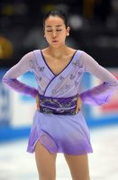 Figure skater Mao Asada lets out a breath before her first performance after a yearlong hiatus at the 2015 Japan Open figure skating competition at Saitama Super Arena, on Oct. 3, 2015. (Mainichi)