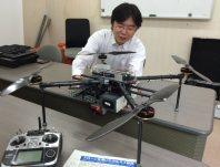 地表温度を測れる赤外線カメラを搭載したドローン=草津町草津の東京工業大草津白根火山観測所で