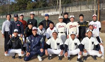 高校野球100年:きょうから甲子園対戦 「全力疾走」伝統胸に ...