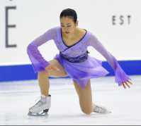 Figure skater Mao Asada rises after falling at the Japan Figure Skating Championships 2015 on Dec. 27, 2015, in Sapporo. (Mainichi)