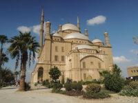 エジプトの首都カイロで、ムカッタムの丘の上に建てられたムハンマド・アリー・モスク=2015年12月1日午前11時48分、秋山信一撮影
