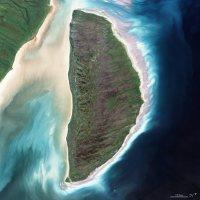 【D】2000年8月9日、カナダ・アキミスキ島=NASA提供