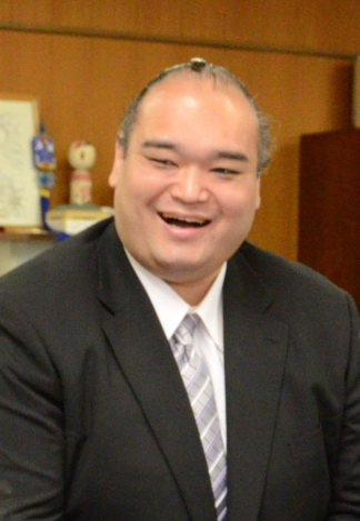 大相撲:小野川親方が「清見潟」...