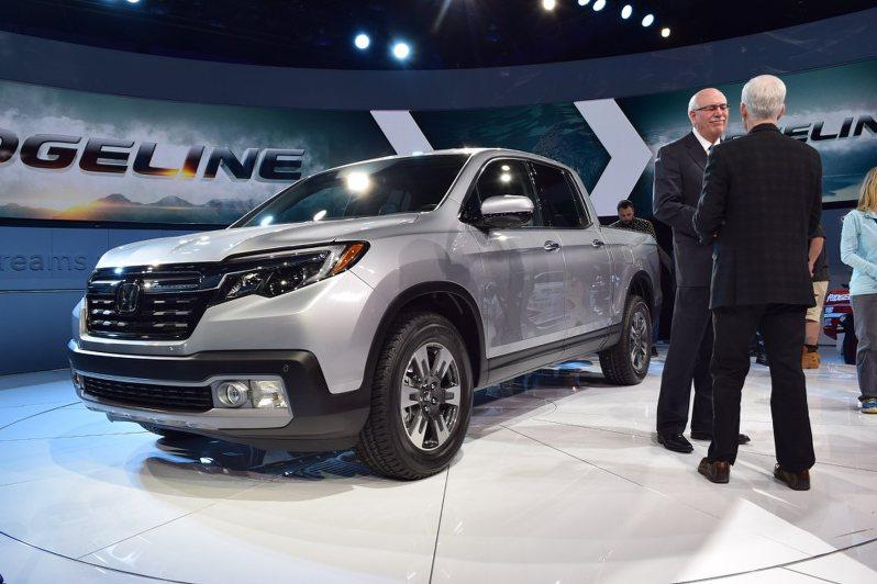 北米自動車ショー:日本勢「大型・高級」米国勢は「環境 ...