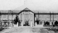 旧制姫路高等学校(現・神戸大学)の正門=1934年6月撮影