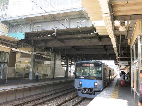 西武池袋線江古田駅は池袋駅から3駅目=中根正義撮影