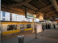 JR総武線西千葉駅ホーム=高橋望撮影