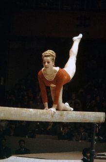 【1964東京五輪】女子体操のチャラフスカ。平均台・跳馬・個人総合で金メダル