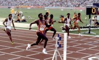 【1984ロサンゼルス五輪】カール・ルイス(米国)が100メートル決勝で9秒99をマークし金メダル