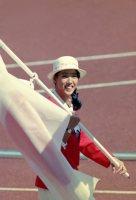 【1988ソウル五輪】シンクロナイズドスイミングソロ・デュエットで銅メダルを獲得した小谷実可子。開会式では日本選手団の旗手をつとめた